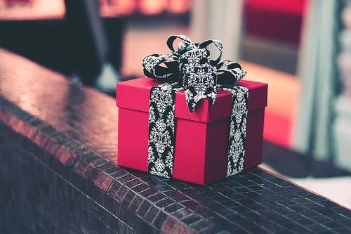 box-cute-gift-present-Favim.com-2399967